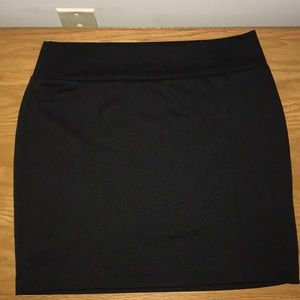 Black pencil miniskirt.
